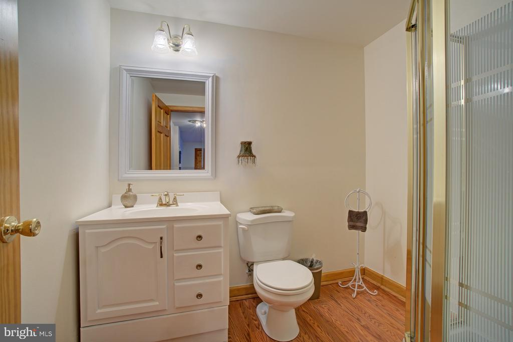 3rd Full Bathroom - 43092 STONECOTTAGE PL, ASHBURN