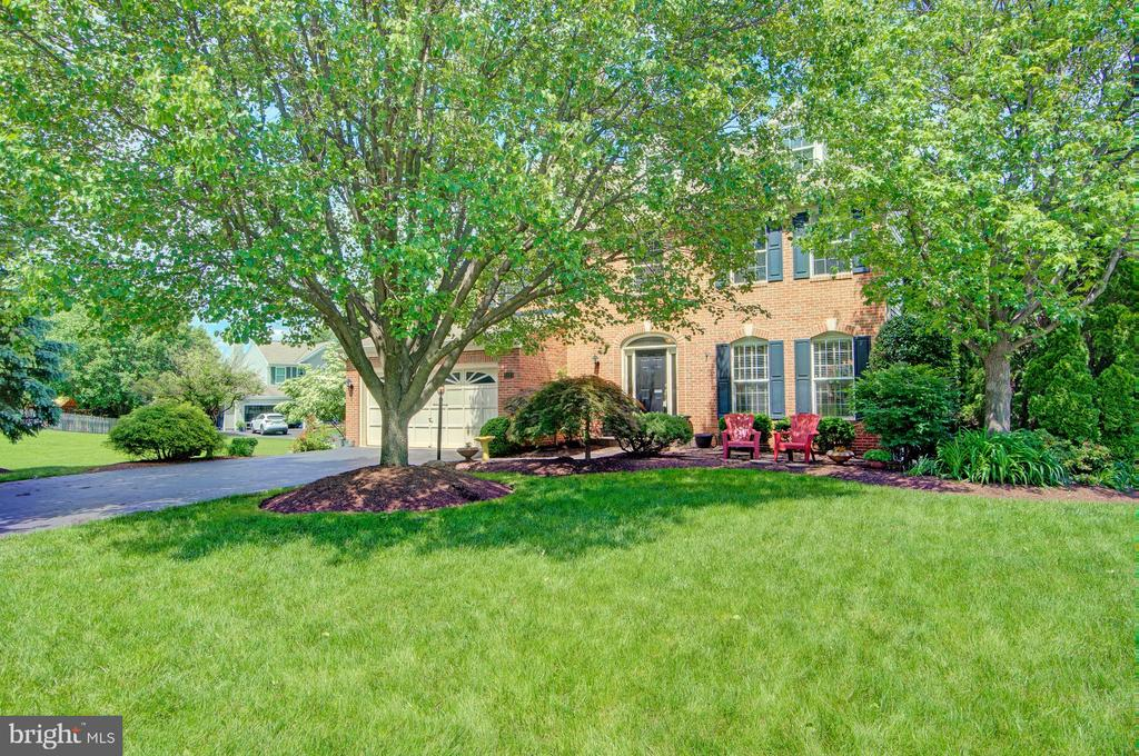 Gorgeous Yard - 43092 STONECOTTAGE PL, ASHBURN