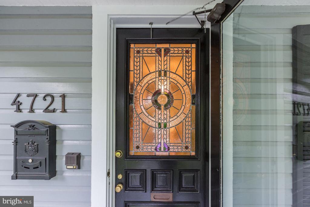 Original 1901 Wood Door - 4721 CUMBERLAND AVE, CHEVY CHASE