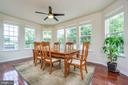 A true WALL of windows in this morning room! - 24496 LENAH TRAILS PL, ALDIE