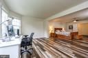 Huge master bedroom suite with stunning flooring! - 24496 LENAH TRAILS PL, ALDIE