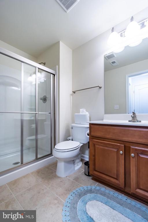 Full bath in lower level - 24496 LENAH TRAILS PL, ALDIE