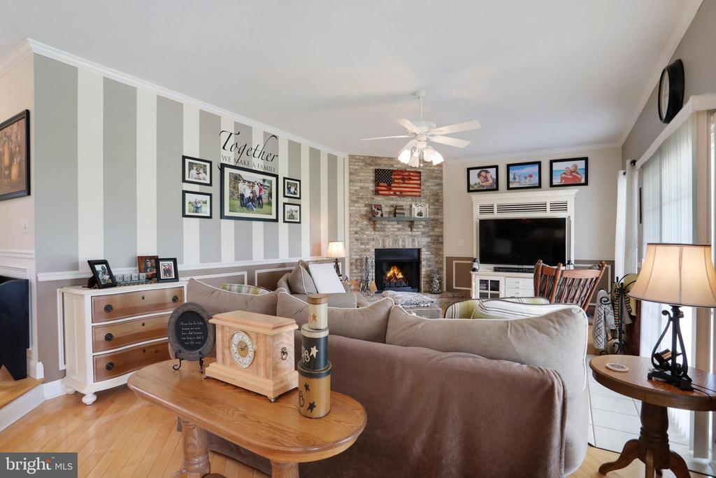 Cozy fireplace in the family room - 814 ASHBY STATION RD, FRONT ROYAL