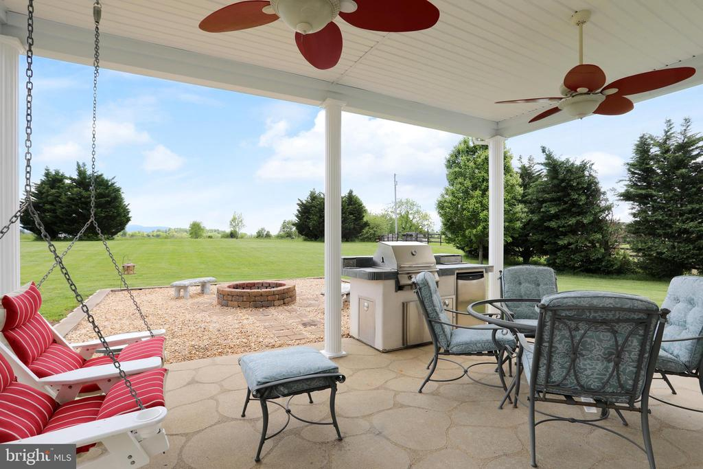 Stamped concrete patio - 814 ASHBY STATION RD, FRONT ROYAL