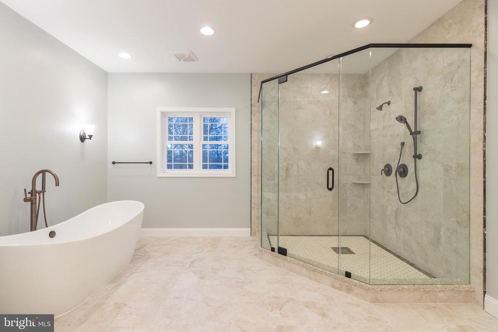 Exquisite Details - 8317 ROLLING RD, SPRINGFIELD