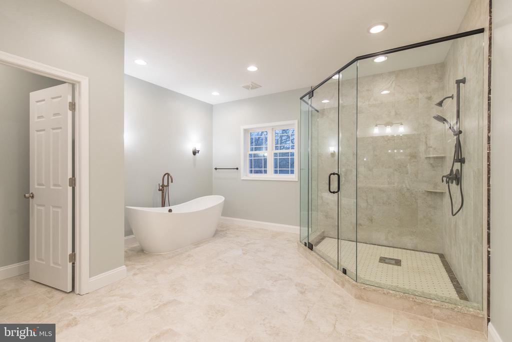 Master Bathroom - 8317 ROLLING RD, SPRINGFIELD