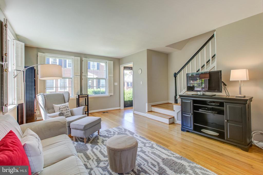 Living Room - 3232 S STAFFORD ST, ARLINGTON