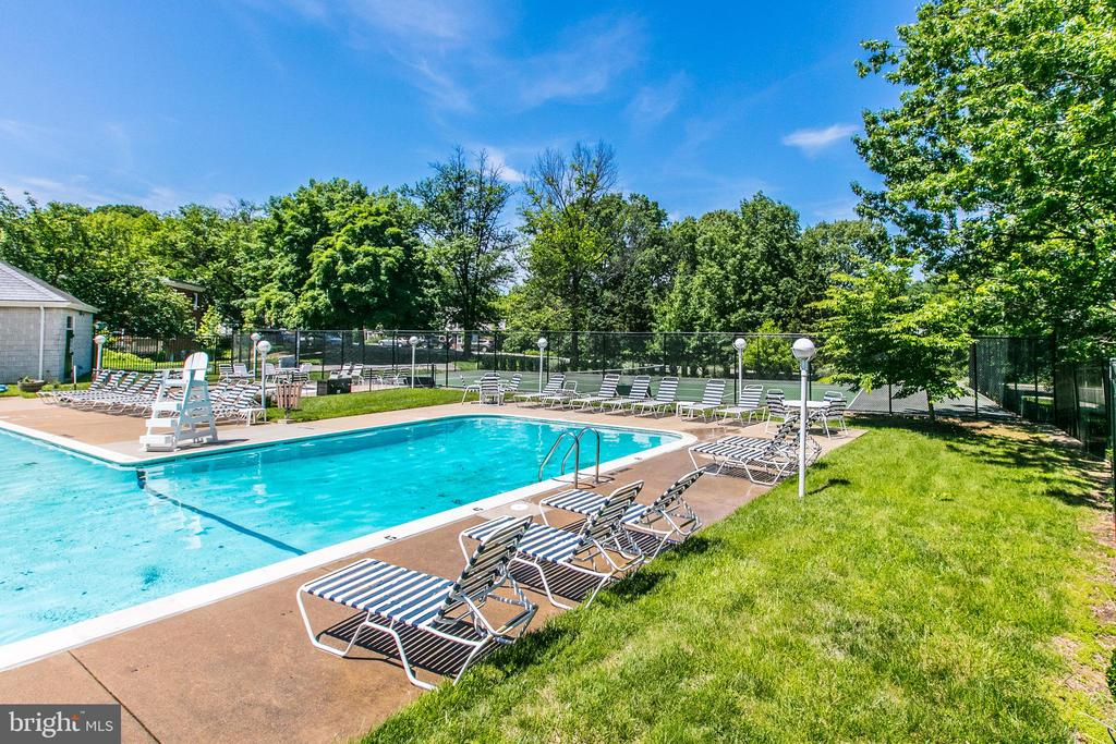Active Lifestyles, Pool and Tennis - 3232 S STAFFORD ST, ARLINGTON