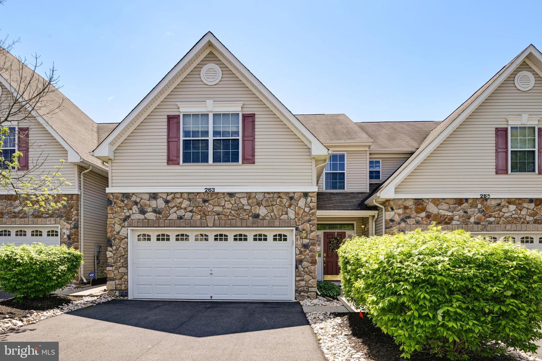 263 CONCORD Place  Pennington, New Jersey 08534 États-Unis