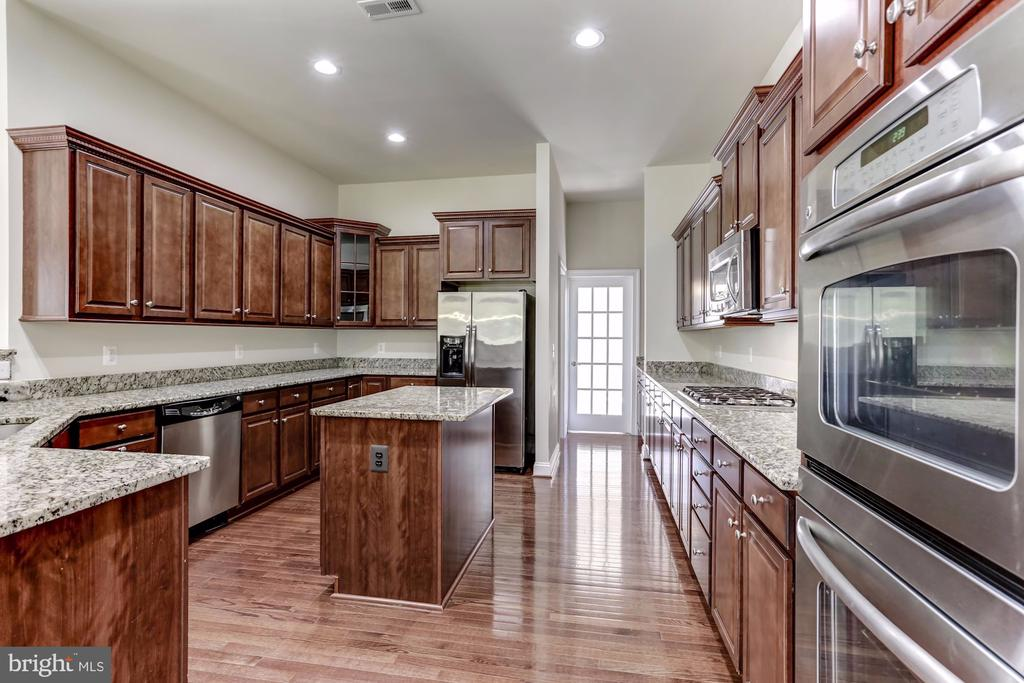 Stainless Steel Appliances - 43800 GRANTNER PL, ASHBURN