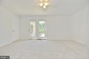 New carpet in master bedroom - 20257 REDROSE DR, STERLING