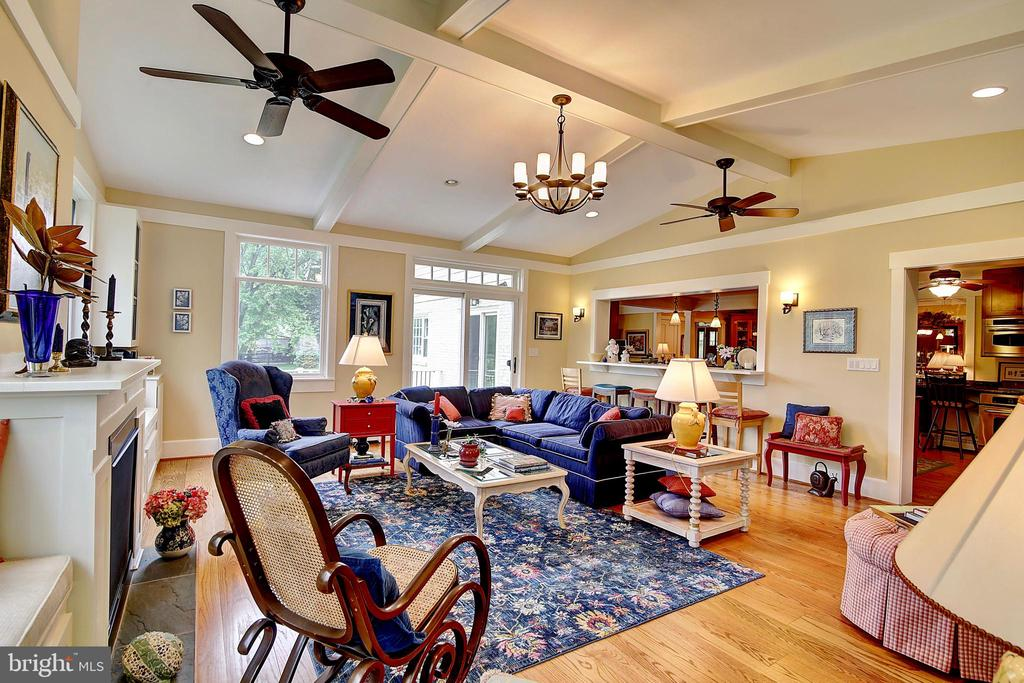 Family Room - 7017 UNION MILL RD, CLIFTON