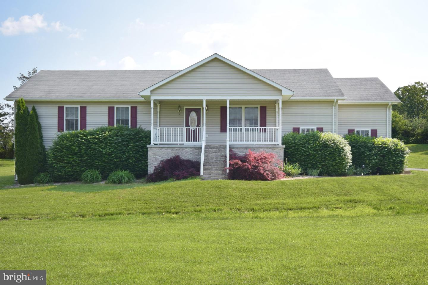 Single Family for Sale at 226 Barnett Dr Front Royal, Virginia 22630 United States