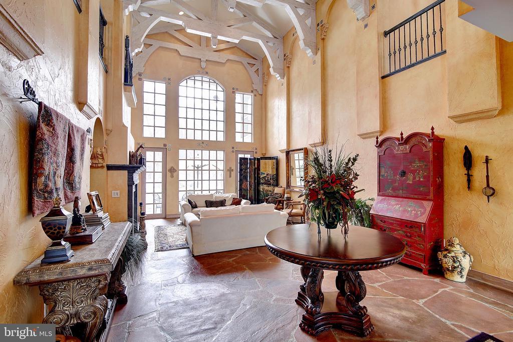 Living Room - 2180 HUNTER MILL RD, VIENNA