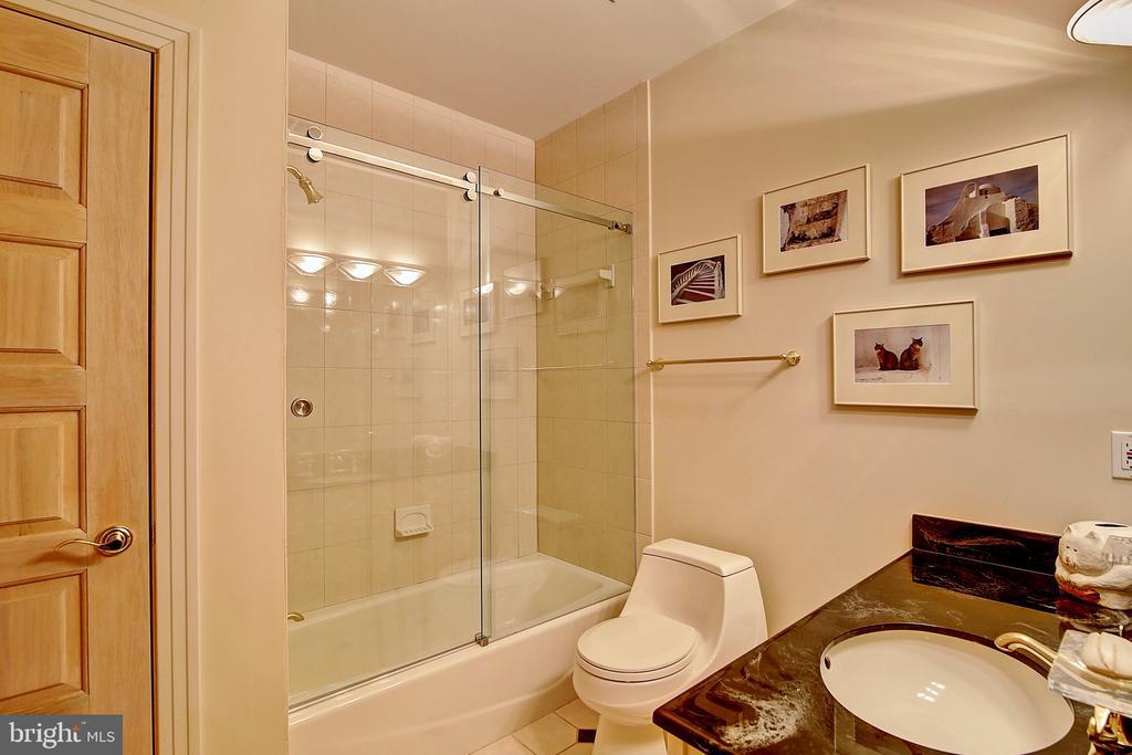 Full Bathroom in Lower Level - 2180 HUNTER MILL RD, VIENNA