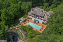 Three Acres of Resort Living - 2180 HUNTER MILL RD, VIENNA