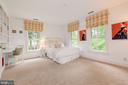 Bedroom 2 with Built- In Desk - 4721 CUMBERLAND AVE, CHEVY CHASE