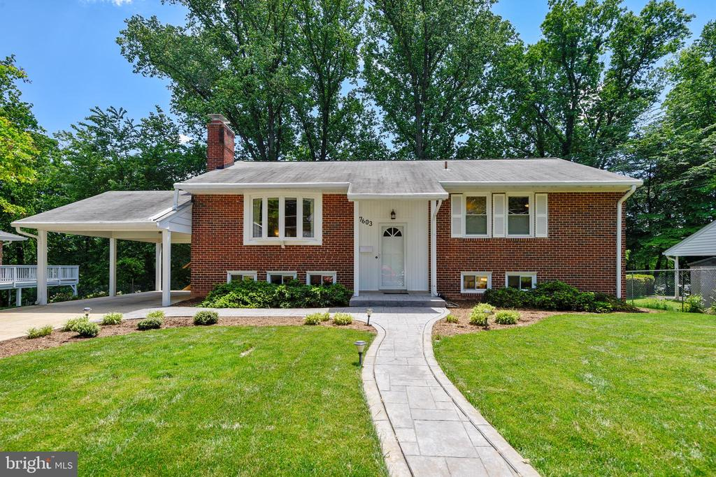 One of West Springfield 4 Bedroom Homes for Sale at 7603  LONG PINE DRIVE