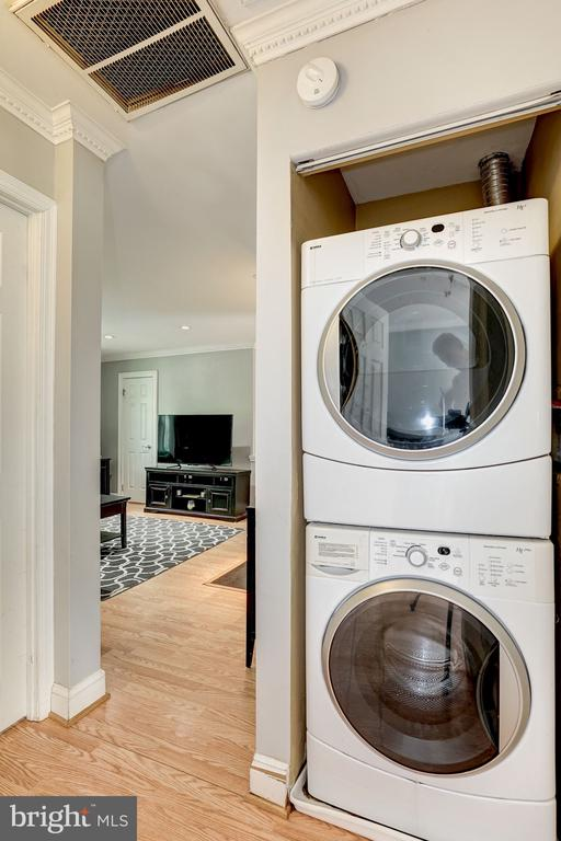 Front load washer/dryer - 4600 28TH RD S #D, ARLINGTON