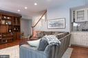 Main level living with wet bar. - 703 POTOMAC ST, ALEXANDRIA