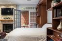 Queen size Murphy bed. - 703 POTOMAC ST, ALEXANDRIA