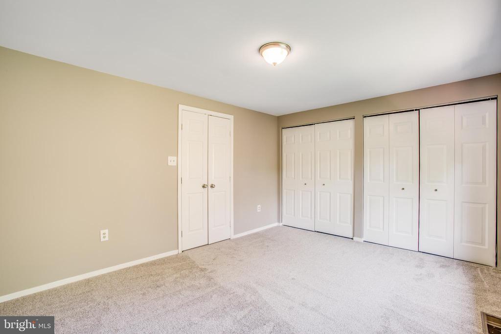 Third level bedroom- tons of closet space! - 3456 CALEDONIA CIR, WOODBRIDGE