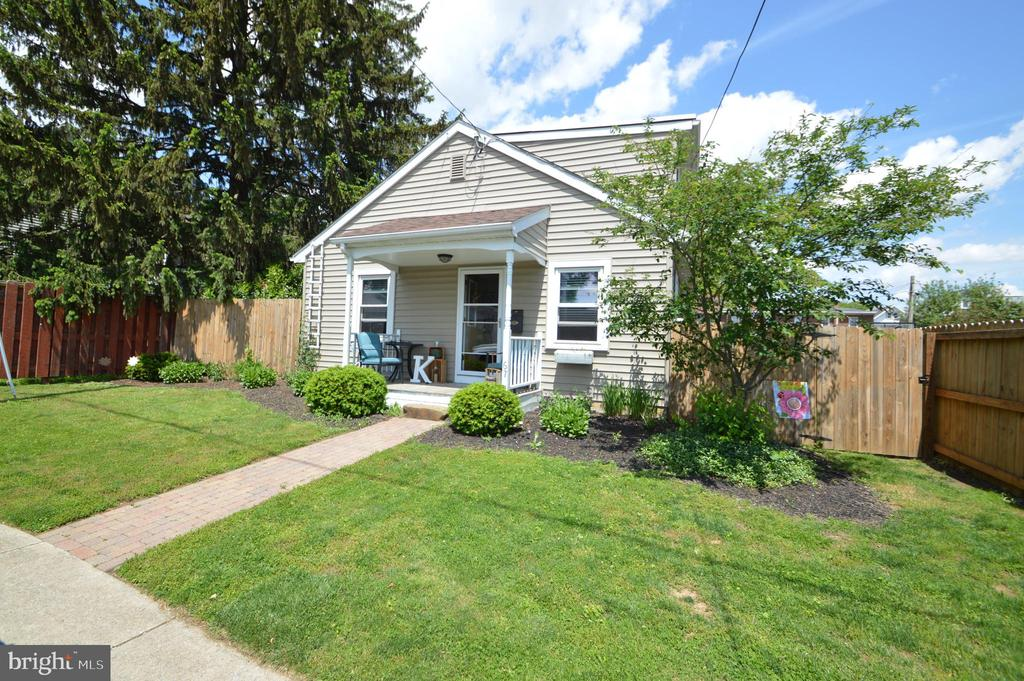 67 S WOLF STREET, Manheim in LANCASTER County, PA 17545 Home for Sale