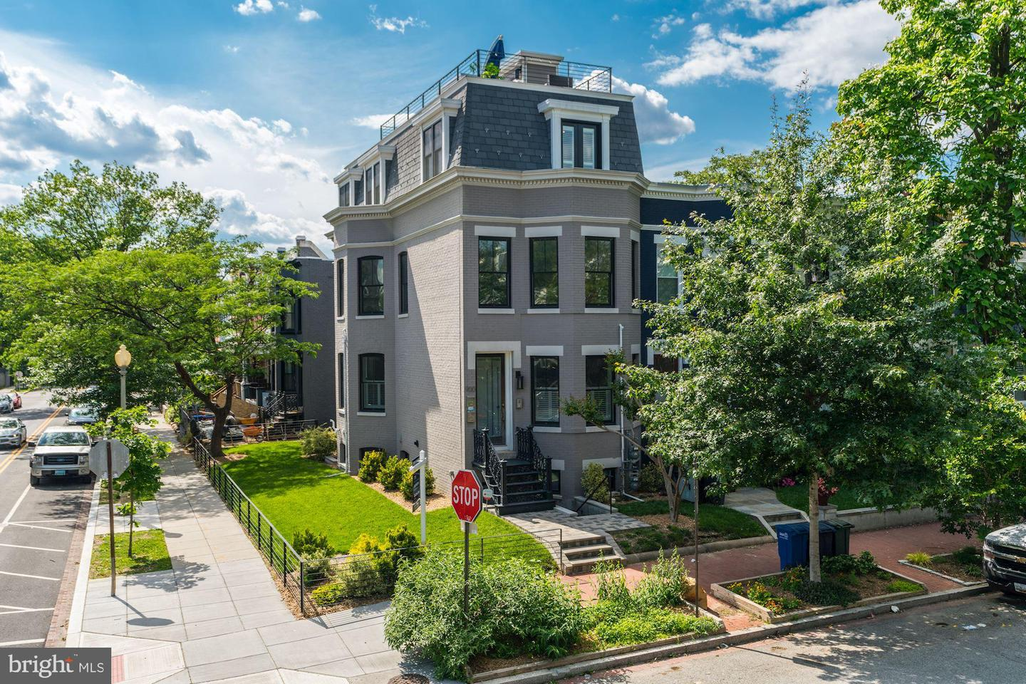 Single Family for Sale at 900 11th St NE #2 900 11th St NE #2 Washington, District Of Columbia 20002 United States