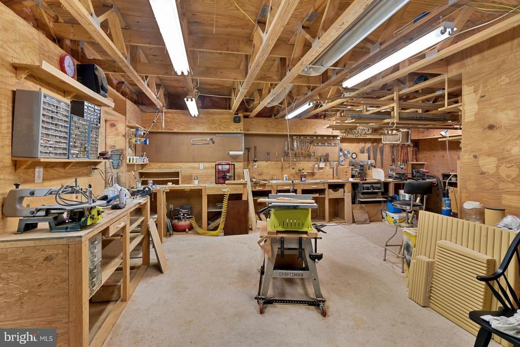 Lower level workshop area - 6134 WALKER'S HOLLOW WAY, LOCUST GROVE