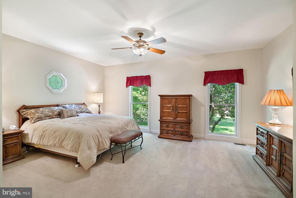 Master bedroom - 6134 WALKER'S HOLLOW WAY, LOCUST GROVE