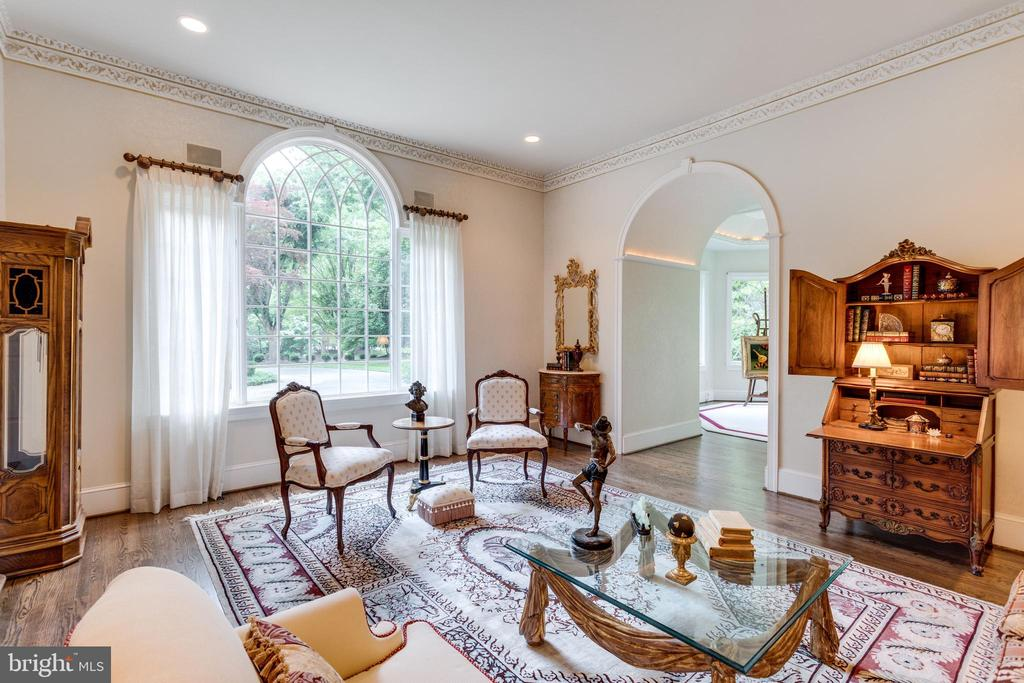 Delightful space adjacent to Music Room - 10010 HIGH HILL PL, GREAT FALLS