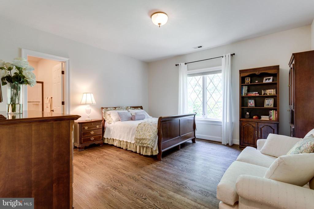 Bedroom Suite 5 - 10010 HIGH HILL PL, GREAT FALLS