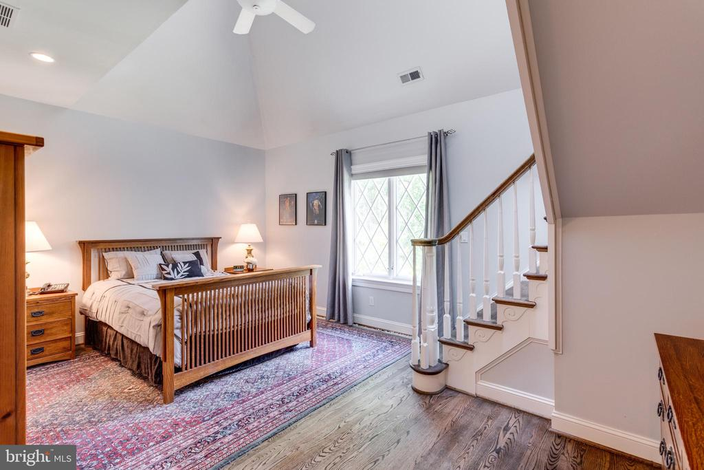 Two story Bedroom Suite 4 - 10010 HIGH HILL PL, GREAT FALLS