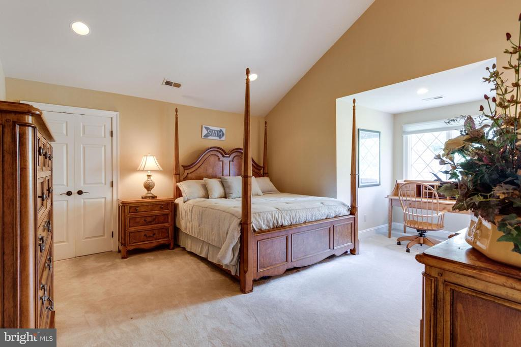 Bedroom Suite 6 on the 3rd level - 10010 HIGH HILL PL, GREAT FALLS