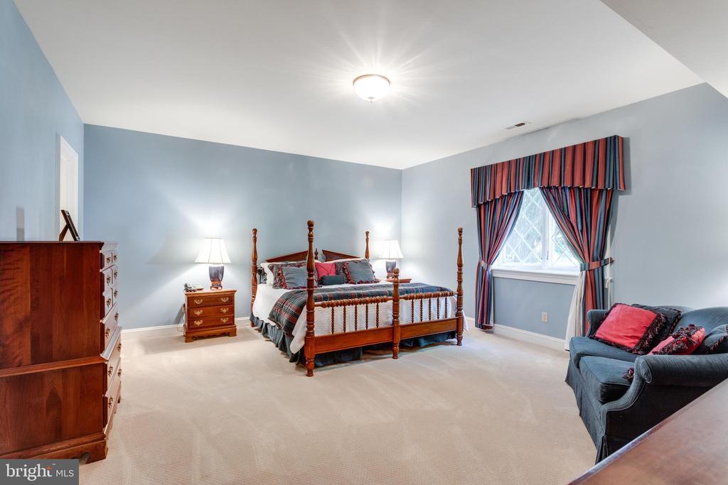 Bedroom Suite 7 - 10010 HIGH HILL PL, GREAT FALLS