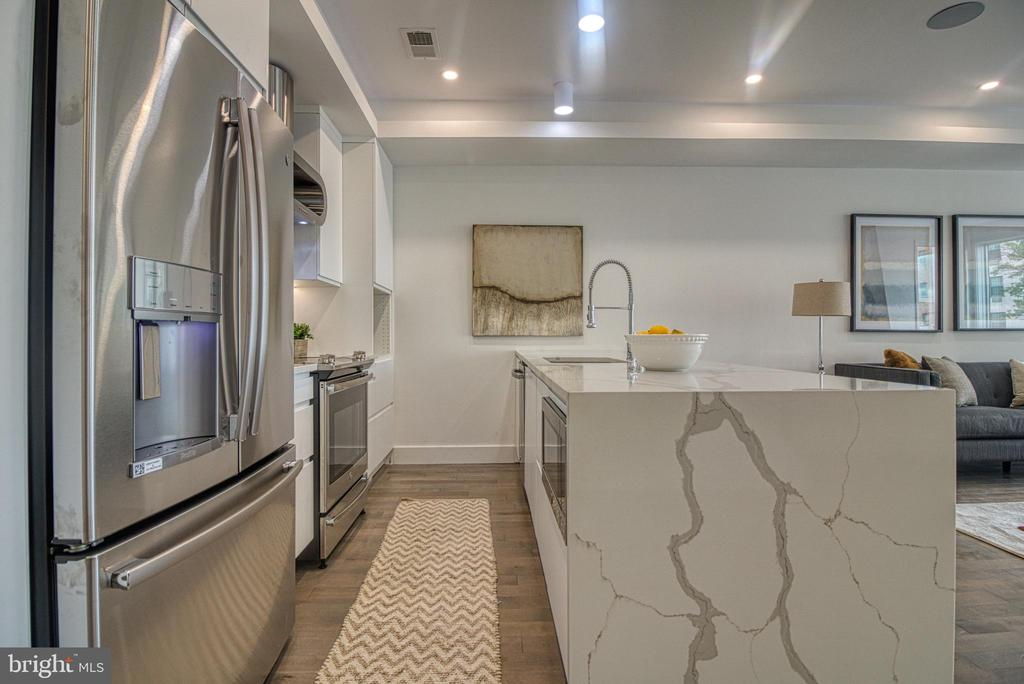 State of the Art Kitchen - 3467 14TH ST NW #3, WASHINGTON