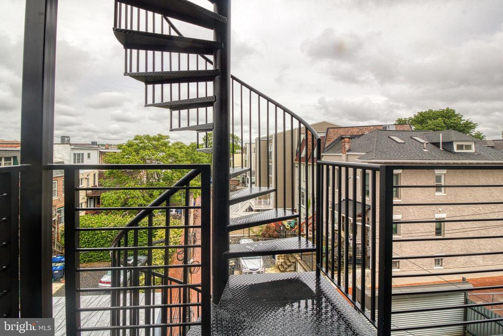 Spiral Stair at Rear Balcony - 3467 14TH ST NW #3, WASHINGTON