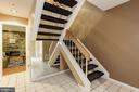 Dramatic open staircases - 5912 EDSON LN, ROCKVILLE