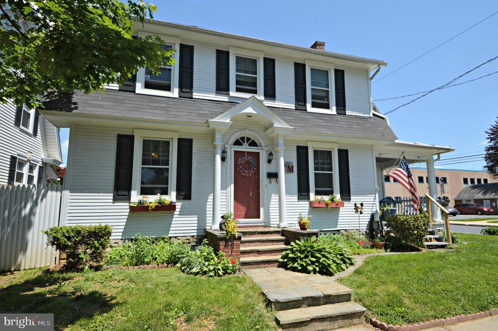 85 S PENN STREET, Manheim in LANCASTER County, PA 17545 Home for Sale