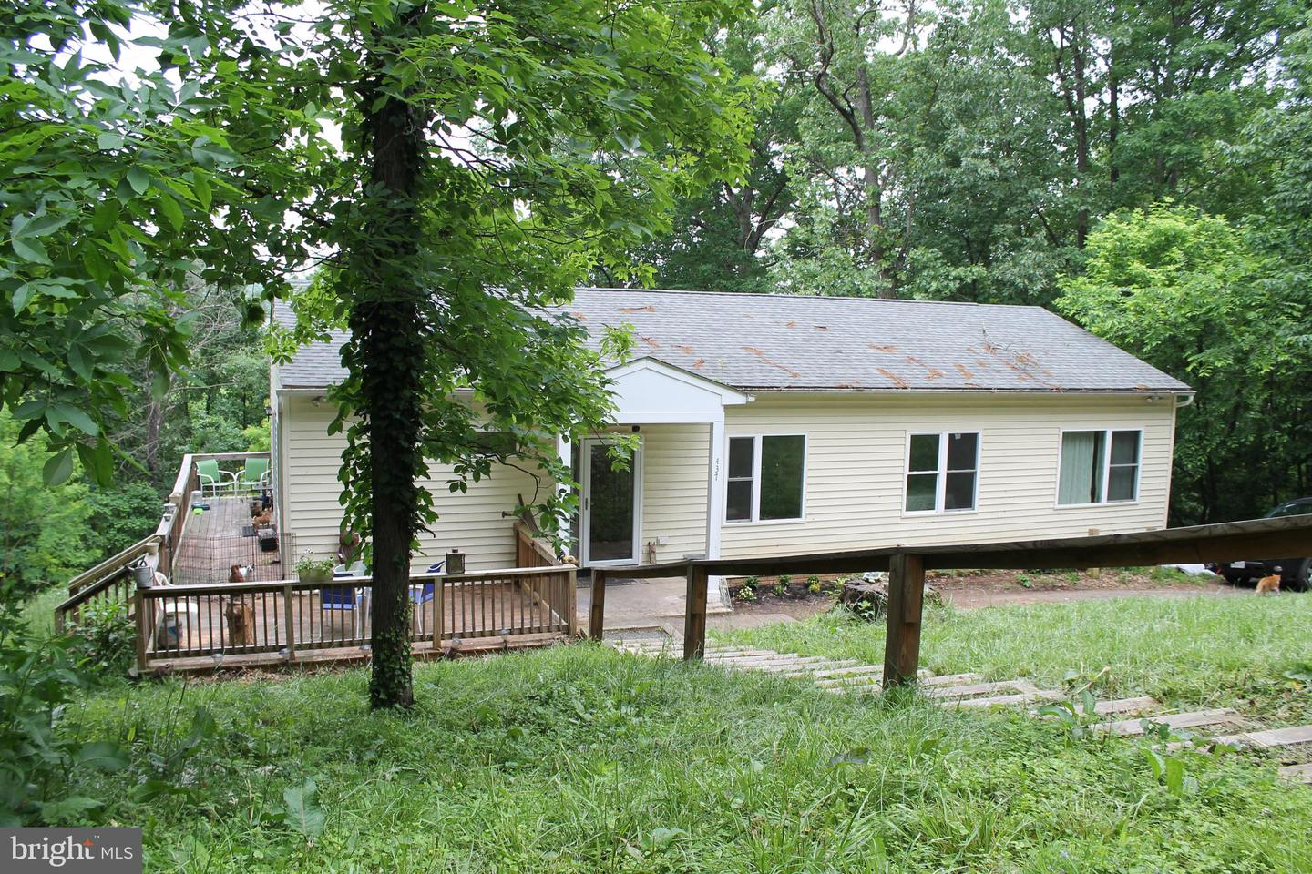 Single Family for Sale at 437 Overlook Dr 437 Overlook Dr Front Royal, Virginia 22630 United States