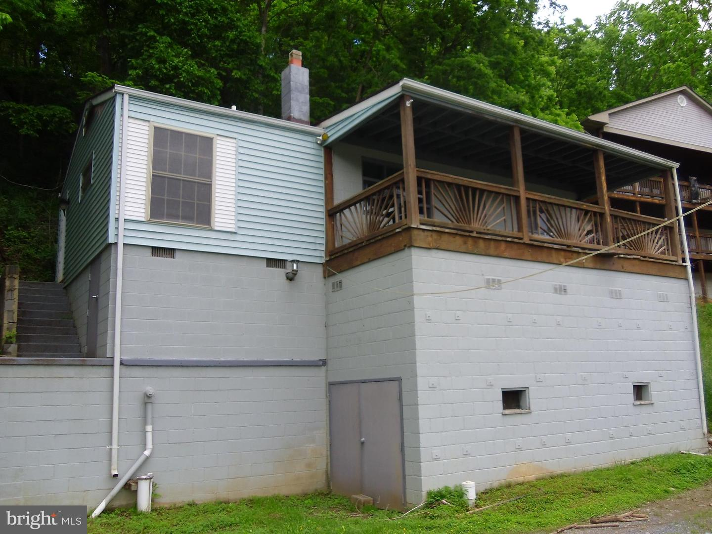 Single Family for Sale at 153 Beckwith 153 Beckwith Front Royal, Virginia 22630 United States