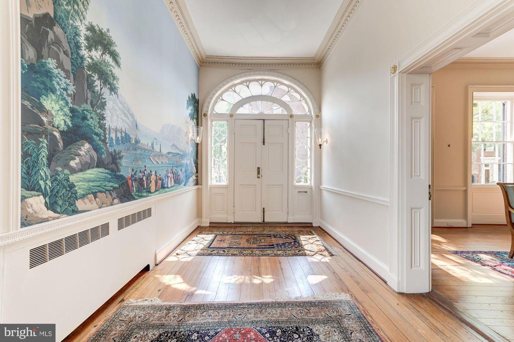 Breathtaking Entry Hall - 301 S SAINT ASAPH ST, ALEXANDRIA
