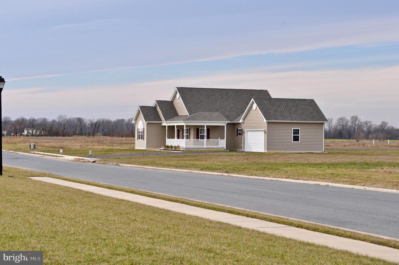 Single Family Homes para Venda às Frederica, Delaware 19946 Estados Unidos