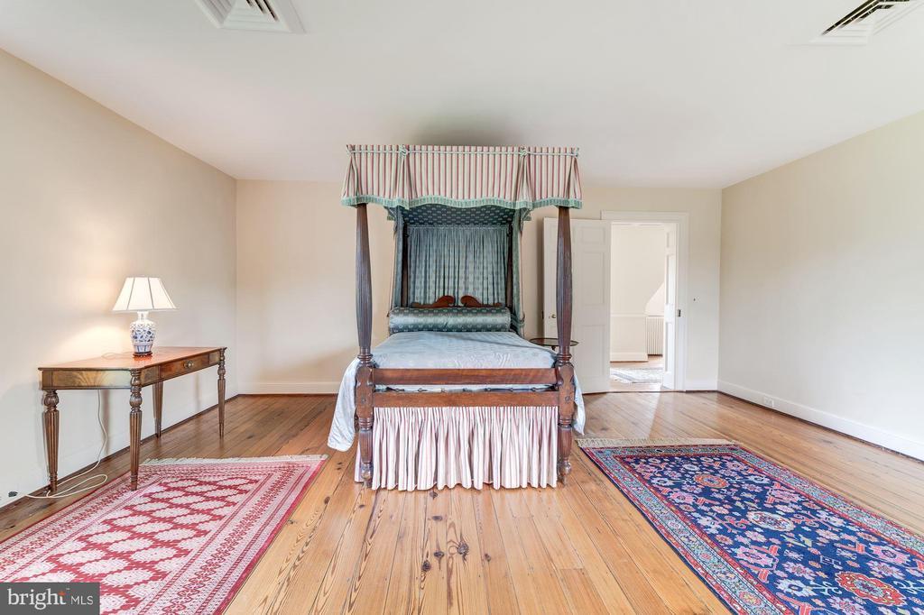 Bedroom 5 Upper 2 - 301 S SAINT ASAPH ST, ALEXANDRIA