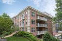 Boutique building - 1555 N COLONIAL TER #501, ARLINGTON