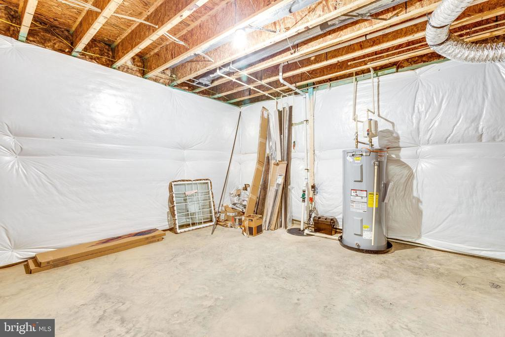 Unfinished storage area - 8705 FORMATION DR, FREDERICKSBURG