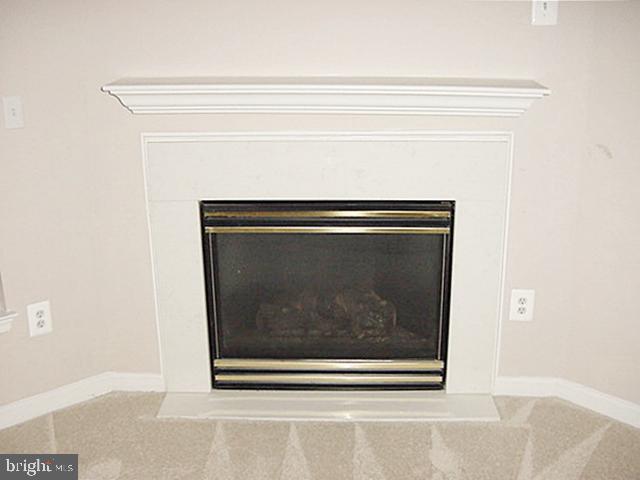 LL RecRm Fireplace - 13086 PARK CRESCENT CIR, HERNDON