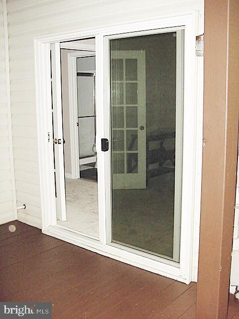 LL Nu Patio Door - 13086 PARK CRESCENT CIR, HERNDON