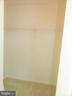 First Walk In Closet - 25485 FLYNN LN, CHANTILLY