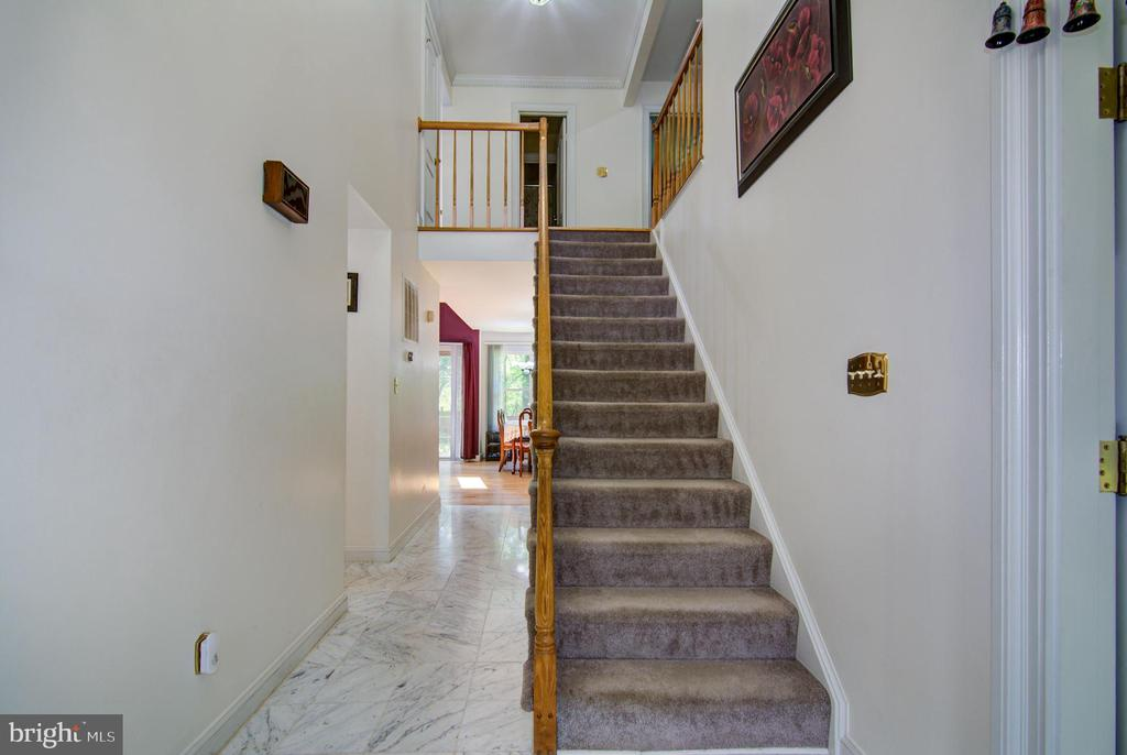 Foyer View#2 - 5608 CAVALIER WOODS LN, CLIFTON